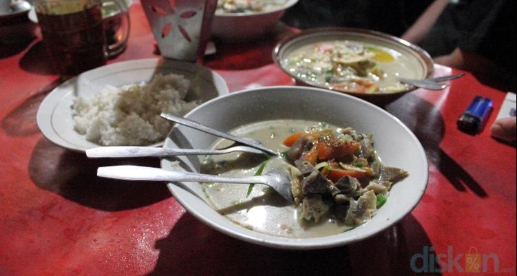 Sop Kaki Kambing Bang Udin, Resep Mantab dari Tanah Abang Jogja